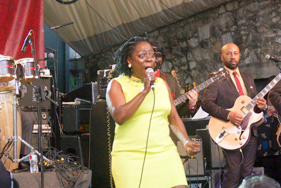Sharon Jones Dap-Kings-12