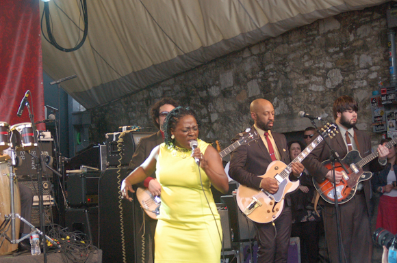 Sharon Jones Dap-Kings-13