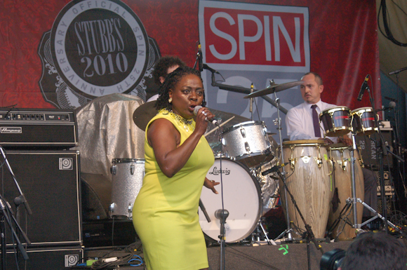 Sharon Jones Dap-Kings-15