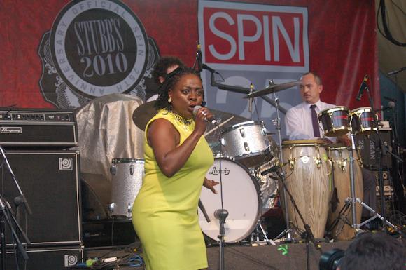 Sharon Jones Dap-Kings-15