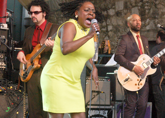 Sharon Jones Dap-Kings-18