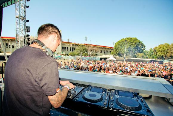 Sean Tyas at the Neon Garden stage