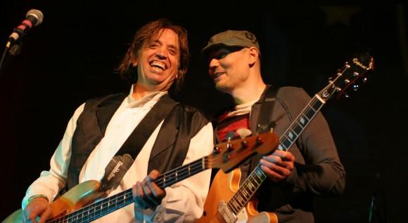 Mark_Tulin_and_Billy_Corgan_2009