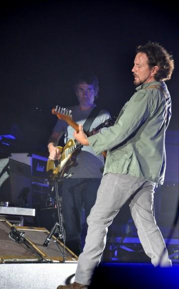 Pearl-Jam-Live-at-Pearl-Jam-Twenty-14