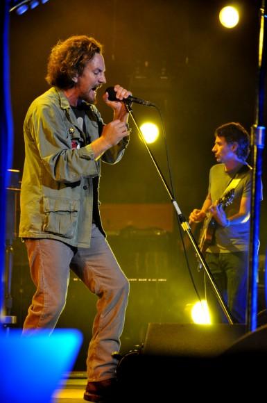 Pearl-Jam-Live-at-Pearl-Jam-Twenty-16
