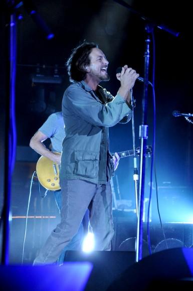 Pearl-Jam-Live-at-Pearl-Jam-Twenty-8