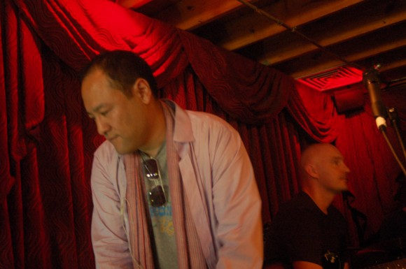 Pillowfight-Dan-the-Automator-SXSW-2012-10