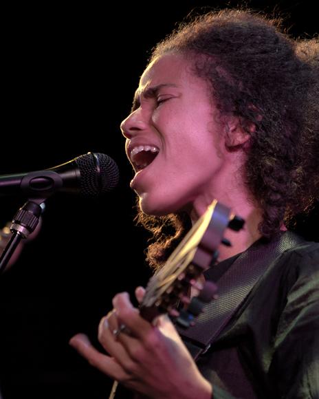 Nneka-1