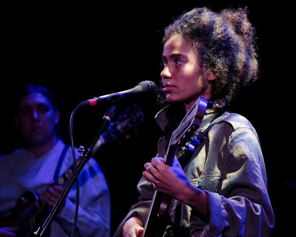 Nneka-3