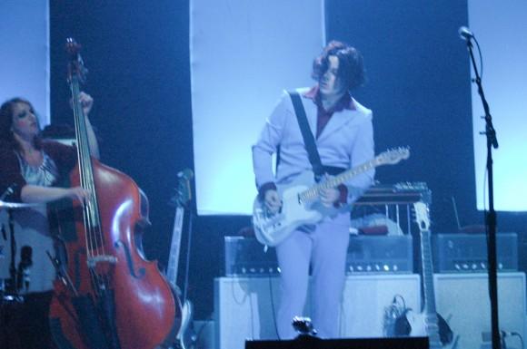 Jack-White-The-Wiltern-2012-10