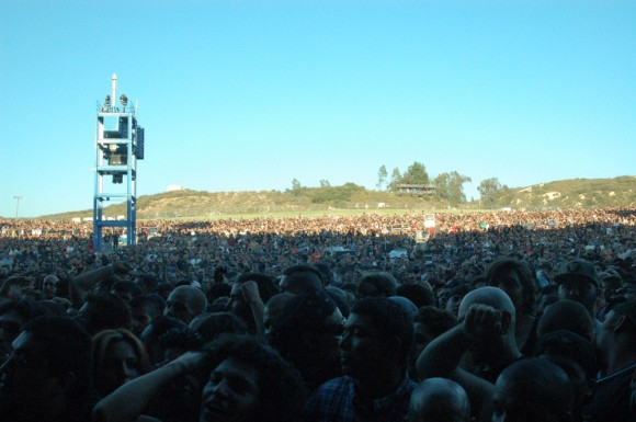 crowd-mayhem-2012-1