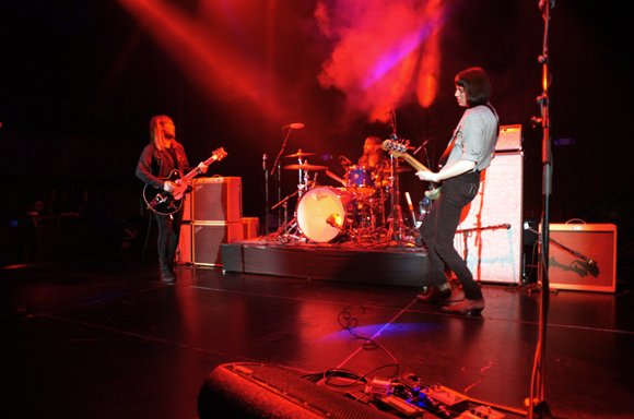 band_of_skulls_bp_04182014_005