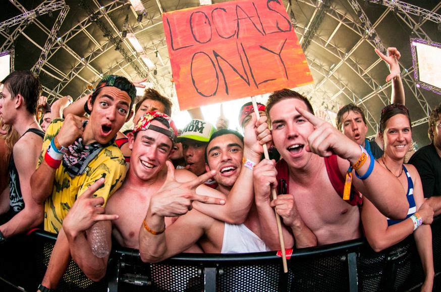 15-Coachella2014-Audience-1