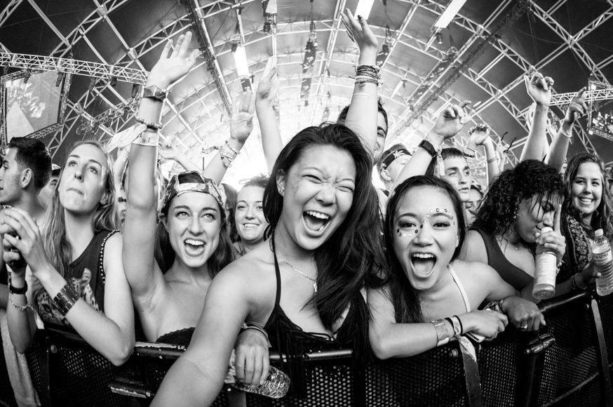 26-Coachella2014-Audience-2