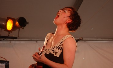 """LISTEN: Amanda Palmer Releases Cover of Elliott Smith's """"Pictures of Me"""""""