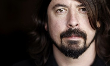"Dave Grohl Got An ""Ace Of Spades"" Tattoo To Pay Tribute To Lemmy Kilmister"