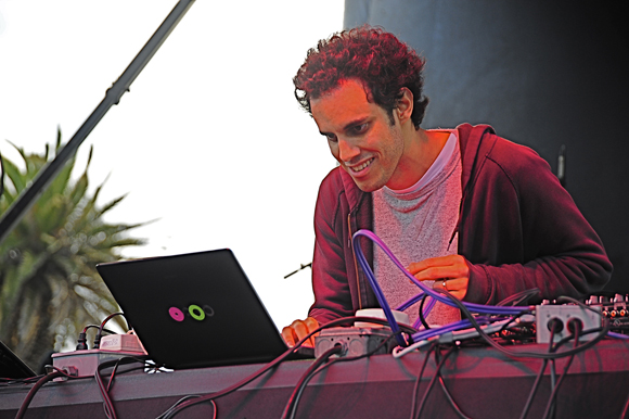 Four Tet Archives - mxdwn Music