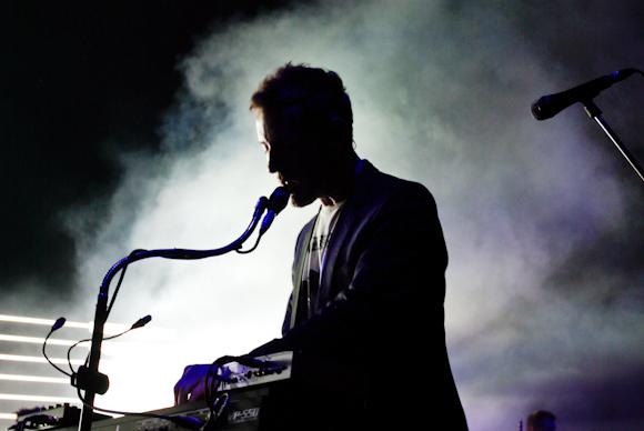 "WATCH: Massive Attack Release New Video For ""Come Near Me"""