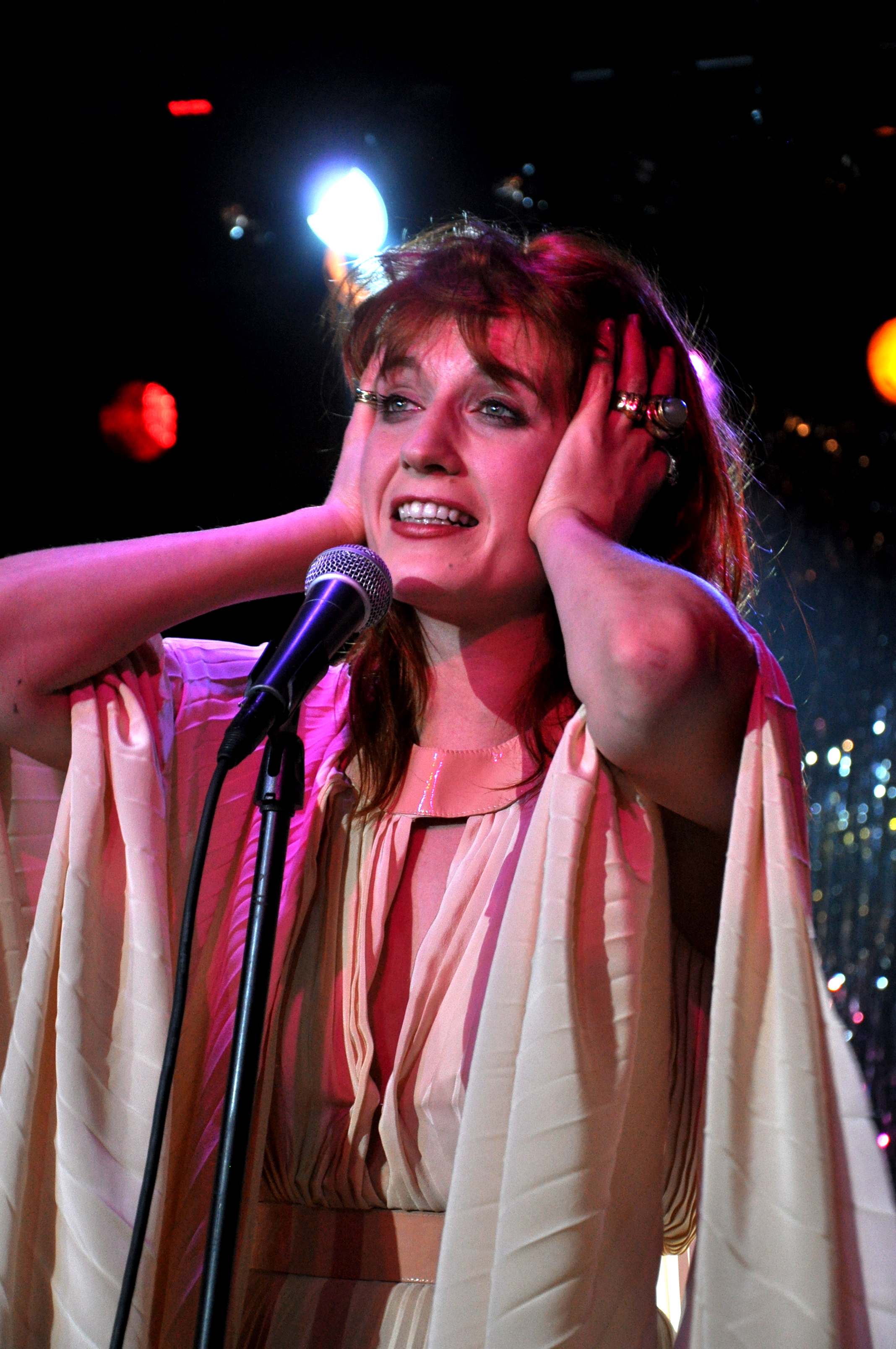 "LISTEN: Florence + The Machine Release New Song ""Ship To Wreck"""