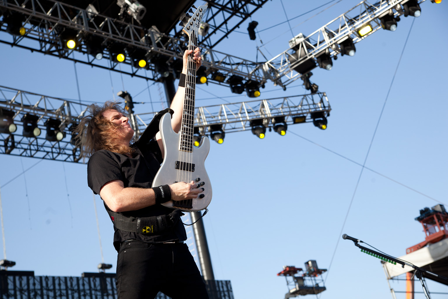"""Dave Mustaine Explains """"Megadeth Church"""" as a Way to Connect with Bassist David Ellefson"""