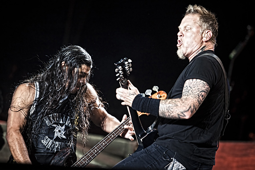 Metallica Buys New Equipment For Tribute Band Who Got Their Gear Stolen