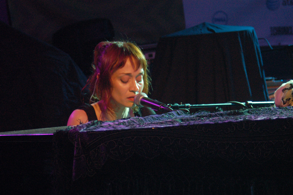 Fiona Apple Teases New Album with At Home Recordings In New Video