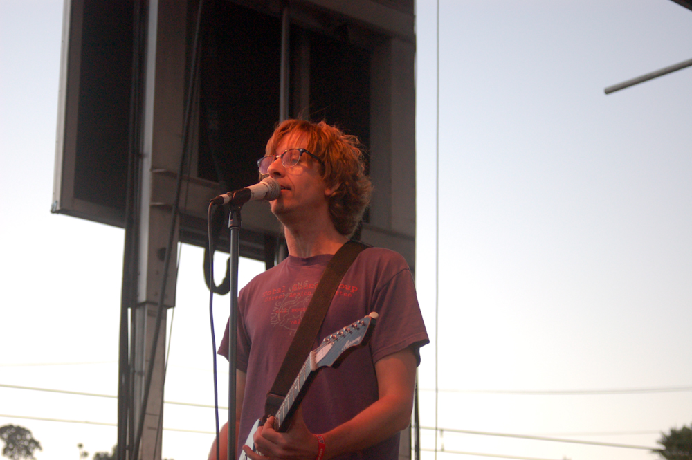 """Hot Snakes Debut Fast-Furious Track """"Checkmate"""""""