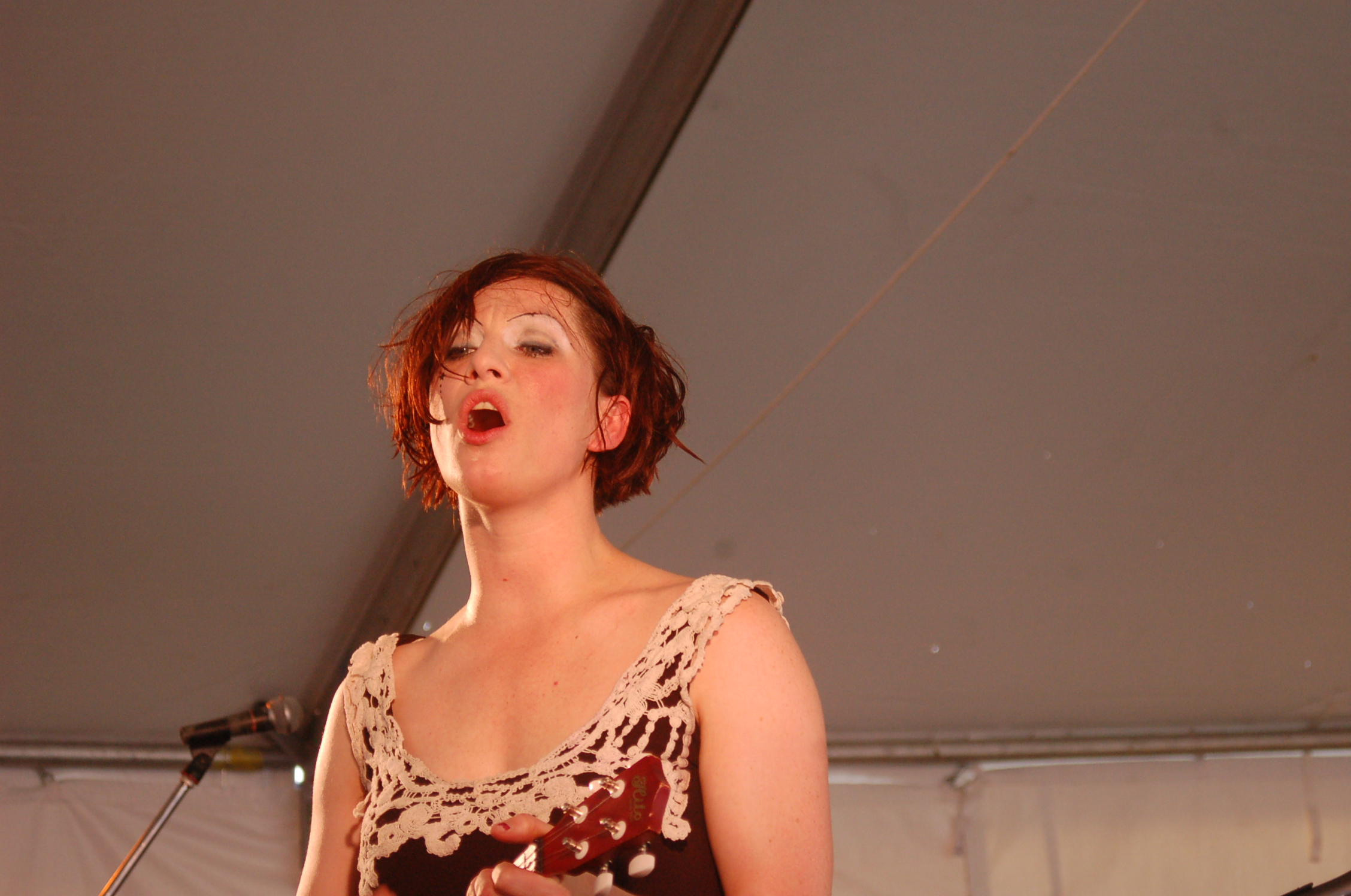 Amanda Palmer Has Indicated The Entire Crew For Her Upcoming Tour Will Be Female