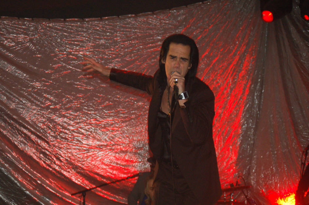 "Nick Cave Responds to Fan, Calls Kanye West ""Our Greatest Artist"""