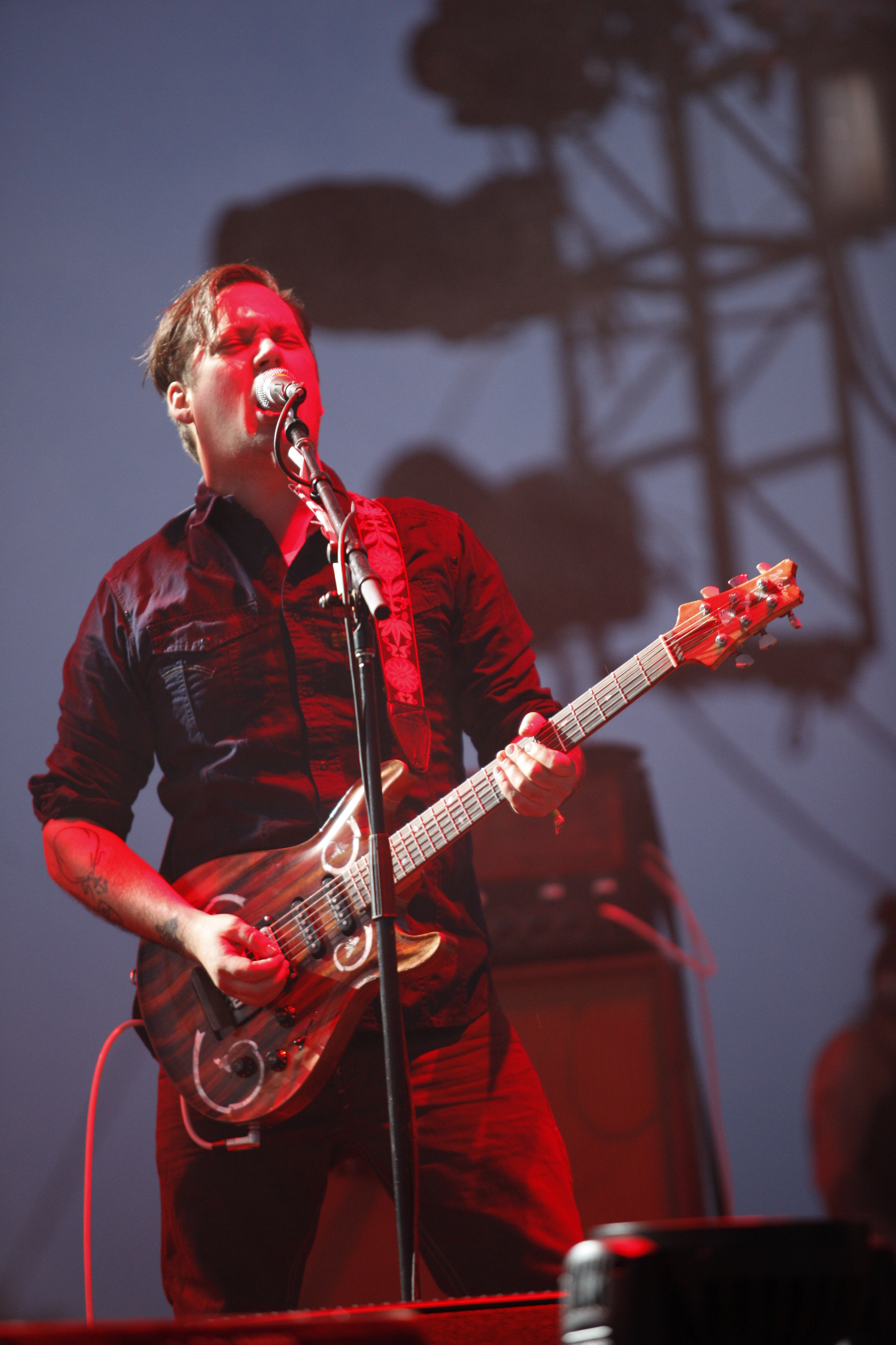 "Modest Mouse Shares A-Side Track ""Poison The Well"" From Record Store Day 7"""