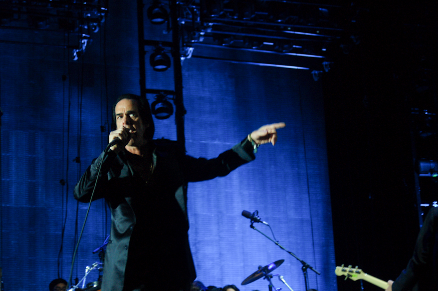 "Nick Cave and Kylie Minogue Reunites at All Points East Festival to Perform ""Where the Wild Roses Grow"""