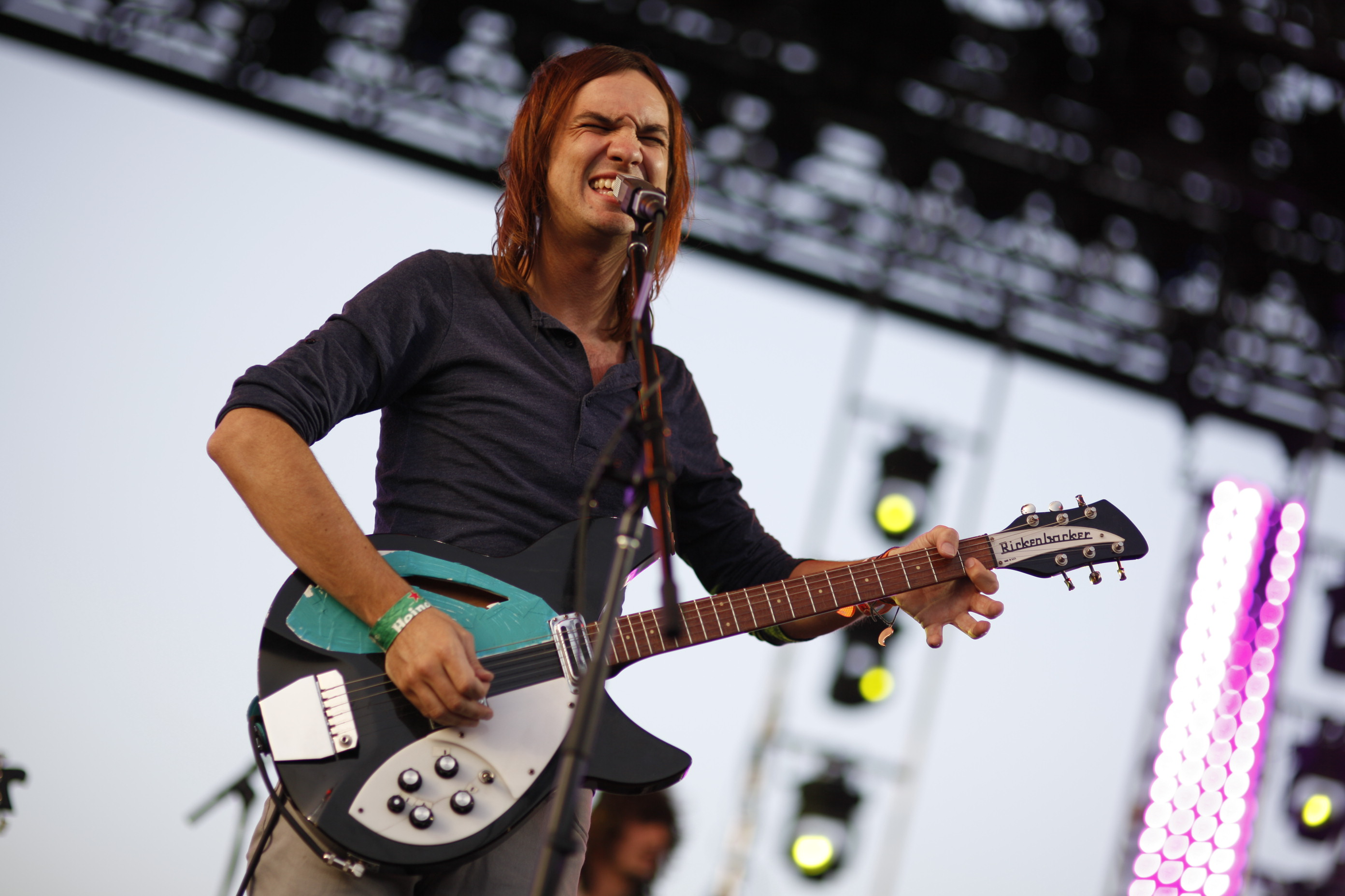 Coachella 2019 Day Two Weekend One Review - Tame Impala Provides Solid If By-The-Numbers Headlining Set as Maggie Rogers and Billie Eilish Impress In Festival Debuts