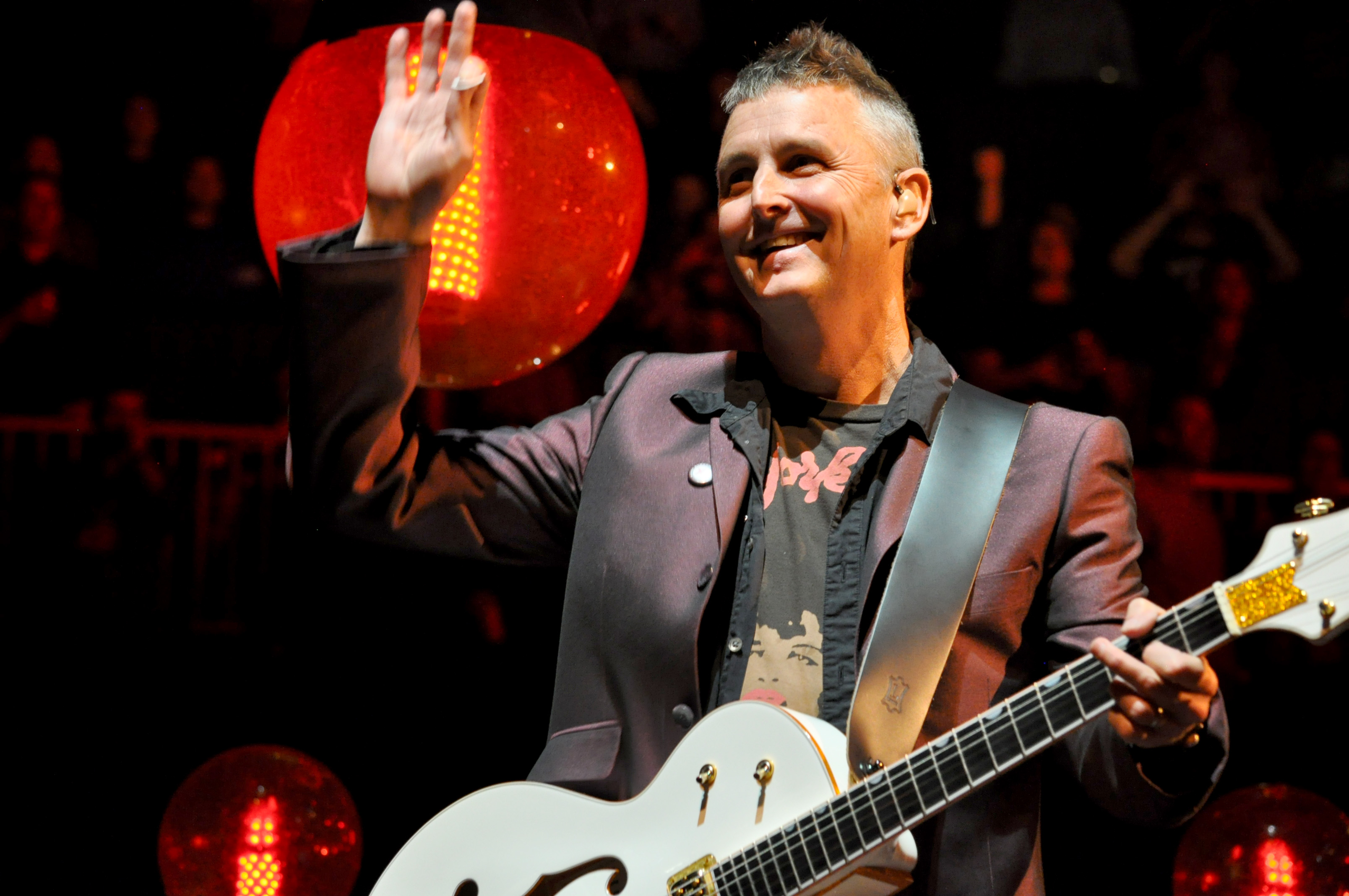 Mike McCready of Pearl Jam Announces Peak To Sky Festival Featuring Performances with Chad Smith, Duff McKagan, Taylor Hawkins, Josh Klinghoffer and Brandi Carlile