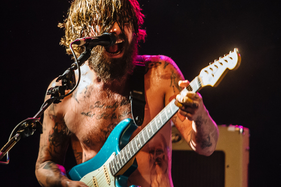 """Biffy Clyro Goes Pop On New Song """"Instant History"""""""