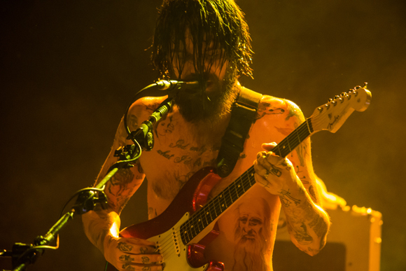 "WATCH: Biffy Clyro Releases New Video For ""Howl"""