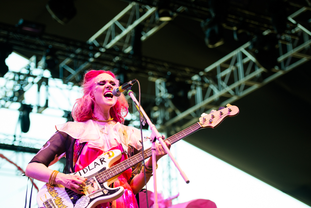"Kate Nash Tackles Mental Illness In New Video For ""Life In Pink"""