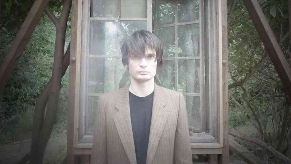 "Jonny Greenwood Releases New Song ""House Of Woodcock"" From Phantom Thread Film"
