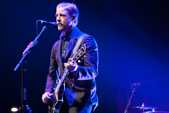 "Interpol Premiere New Song ""Number 10"" on Zane Lowe's Beats 1 Program"
