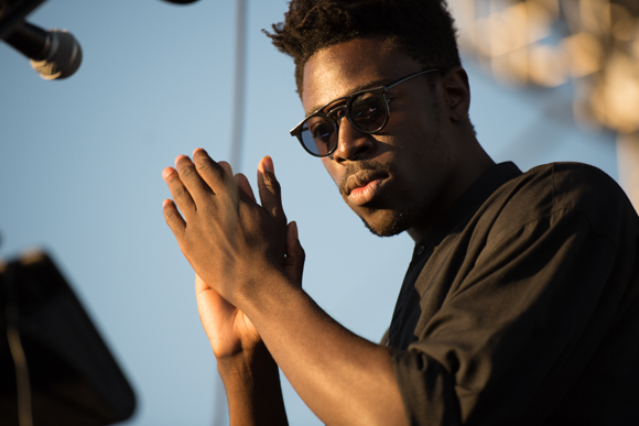 "Moses Sumney Releases Quiet And Scratchy New Song ""Indulge Me"""