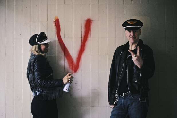 Interview: Eugene Kelly Of The Vaselines On New Tunes, Touring Across the Pond and Getting Out More