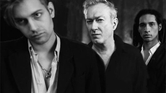 "Gang of Four Admit They're ""Lucky"" Men in New Video"