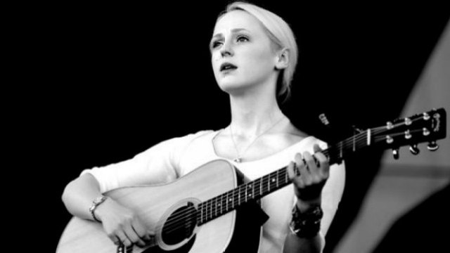 "LISTEN: Laura Marling Releases New Song ""I Feel Your Love"""