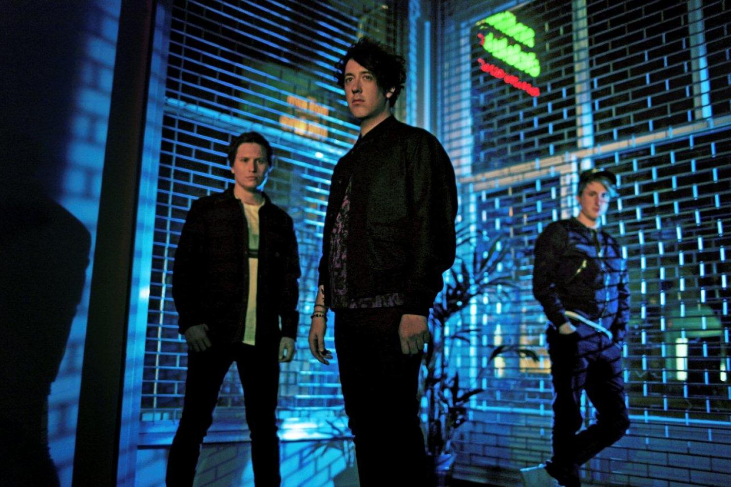 "LISTEN: The Wombats Release New Song ""Emoticons"""