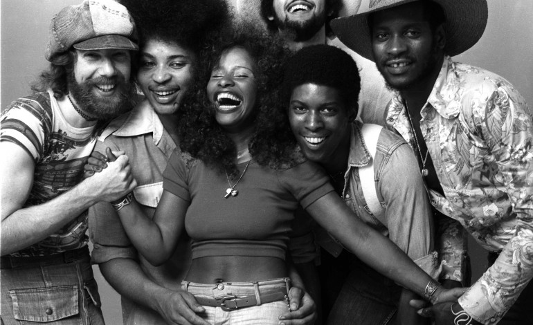 """Chaka Khan Shares New Single """"Like Sugar"""" From Her First Album in a Decade"""