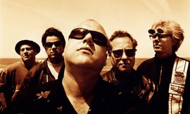 """LISTEN: Frank Black Releases New Song """"How You Went So Far"""""""