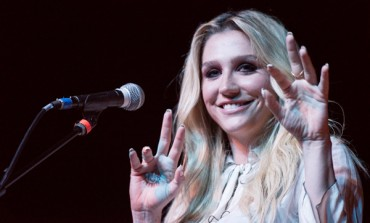 "Kesha Releases Intimate Live Performance Videos for ""Resentment"" and ""Raising Hell"""