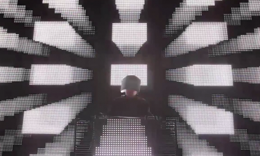 "LISTEN: Squarepusher Releases New Song ""Rayc Fire 2"""