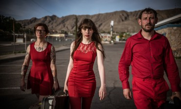 "LISTEN: Le Butcherettes Release New Song ""They Fuck You Over"""