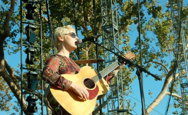 "WATCH: Laura Marling Releases New Video for ""Next Time"""