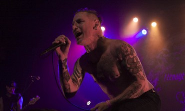 "WATCH: Corey Taylor Of Slipknot Pays Homage To Prince With A Cover Of ""Purple Rain"""